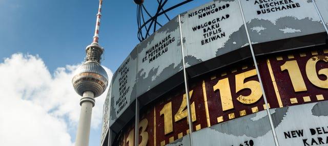 Tour di Berlino Est in piena Guerra Fredda