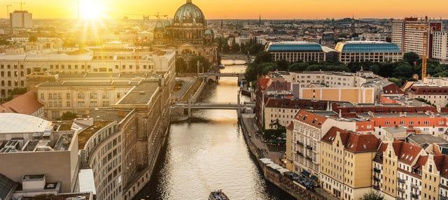 Cruzeiro com jantar por Berlim