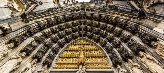 Tour privado por Colonia con guía en español
