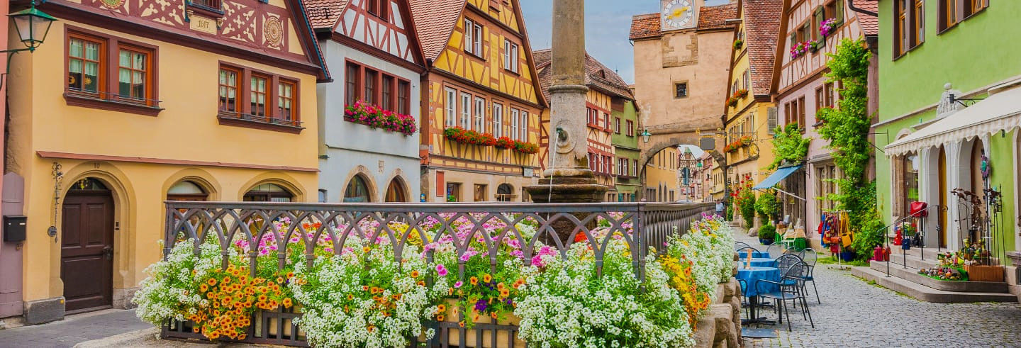 Escursione al castello di Harburg e a Rothenburg