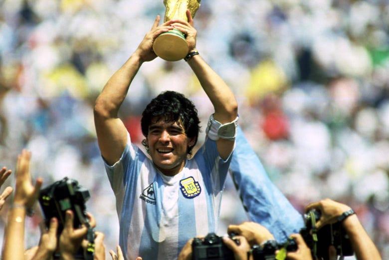 Tour de Diego Maradona por Buenos Aires - Reserve em Civitatis.com