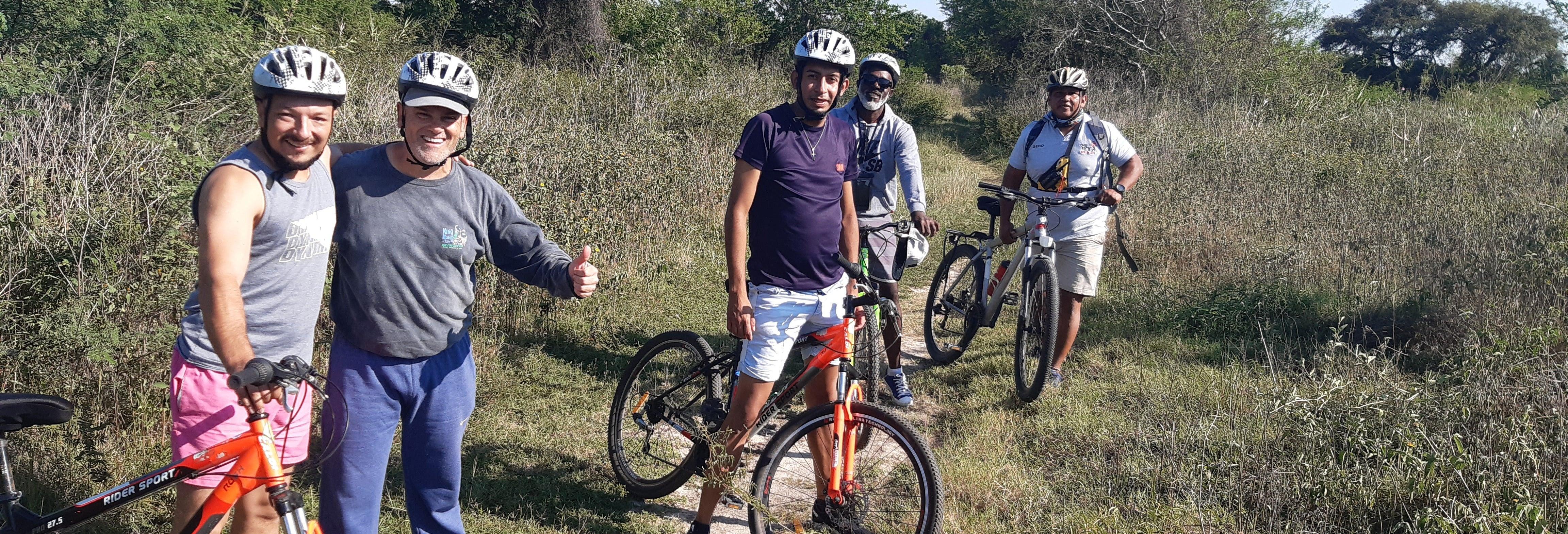 Tour en bicicleta y kayak por la laguna Oca