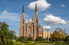 Tour por la catedral de La Plata
