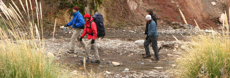 Trekking por el embalse Potrerillos