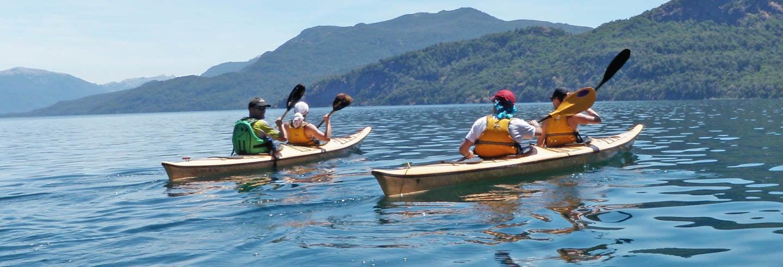 Tour de caiaque pelos lagos patagônicos