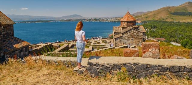 Excursión a Sevan y Tsaghkadzor