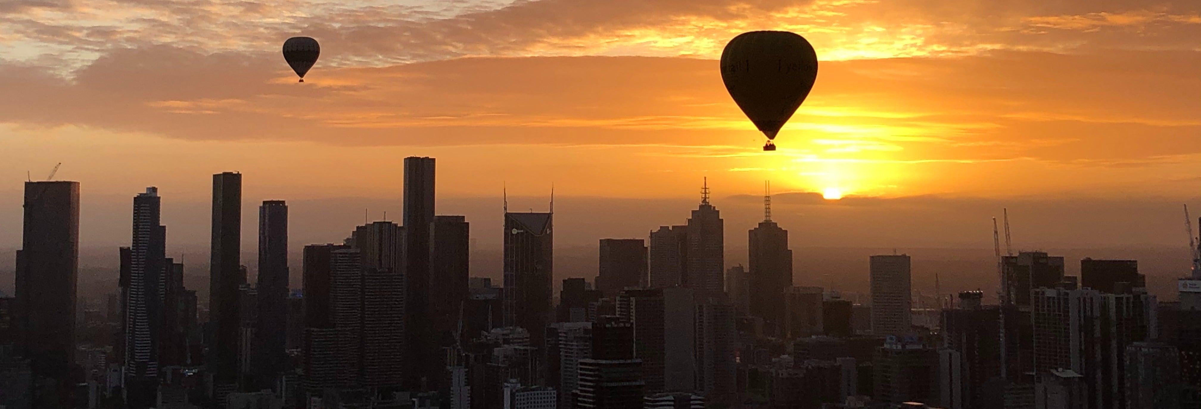 Passeio de balão por Melbourne ao amanhecer