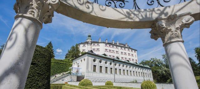 Entrada al Palacio de Ambras