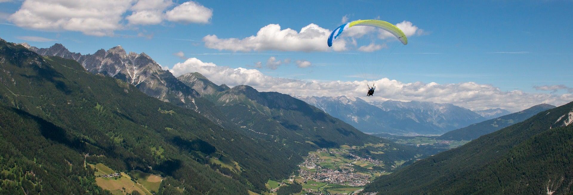 Volo in parapendio nel Tirolo
