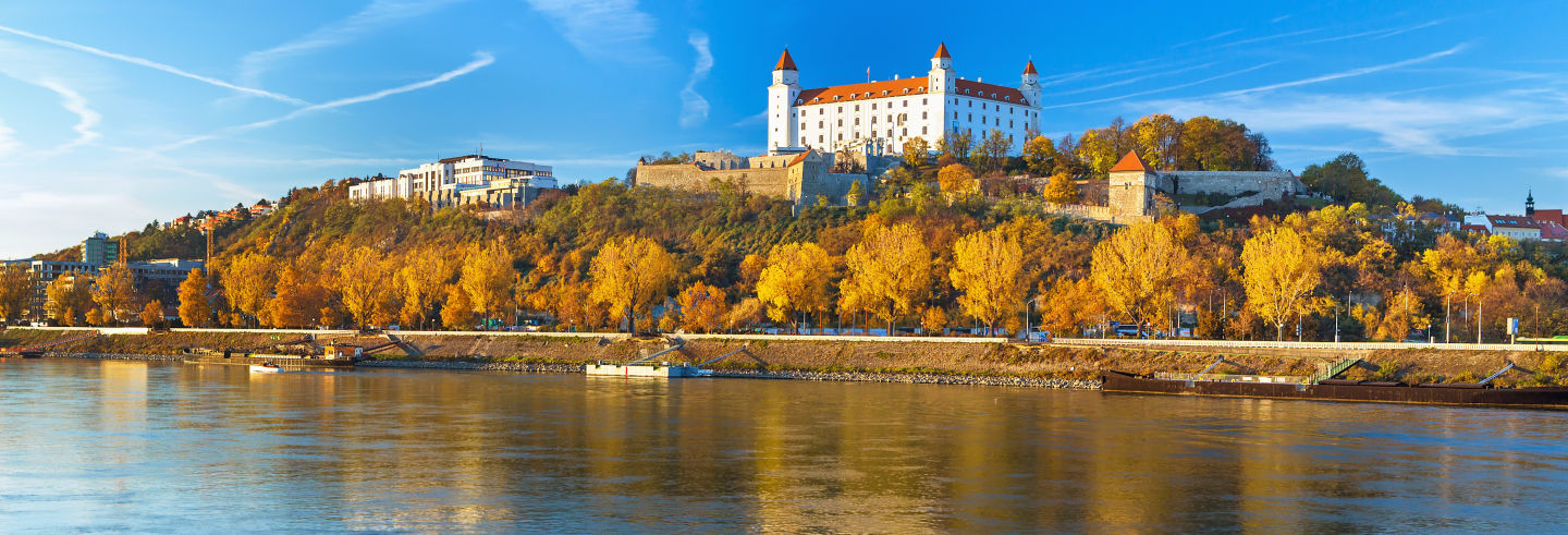 Excursión a Bratislava con regreso en barco