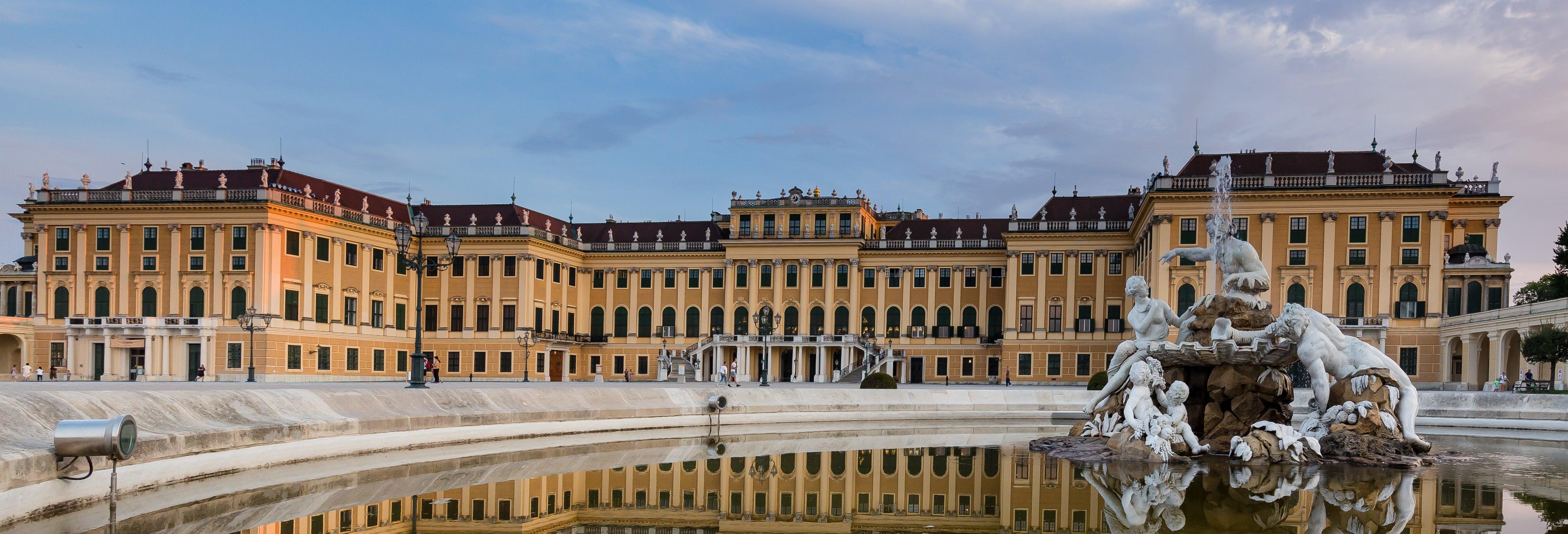 Tour pelo Palácio Schönbrunn e pela Cripta Imperial