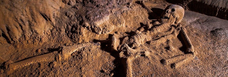 Escursione alla grotta Actun Tunichil Muknal