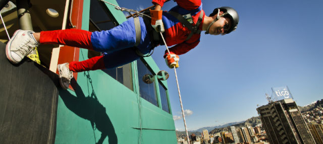 Abseiling and Rappelling in La Paz