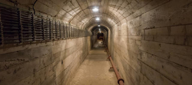 Excursion au bunker de Tito