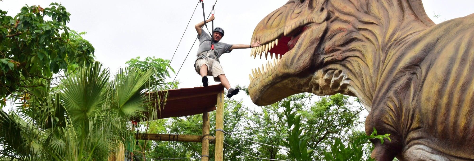 Ingresso do parque Dino Adventure