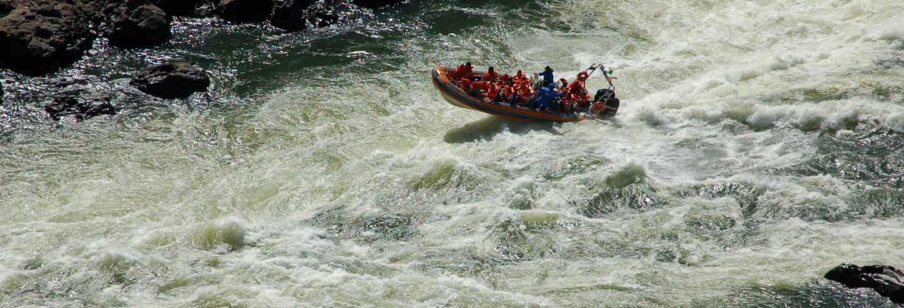 Tour di avventura a Macuco Safari + Rafting