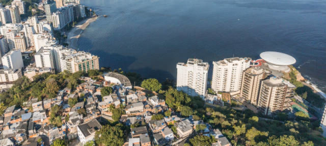 Excursão a Niterói e rota Niemeyer