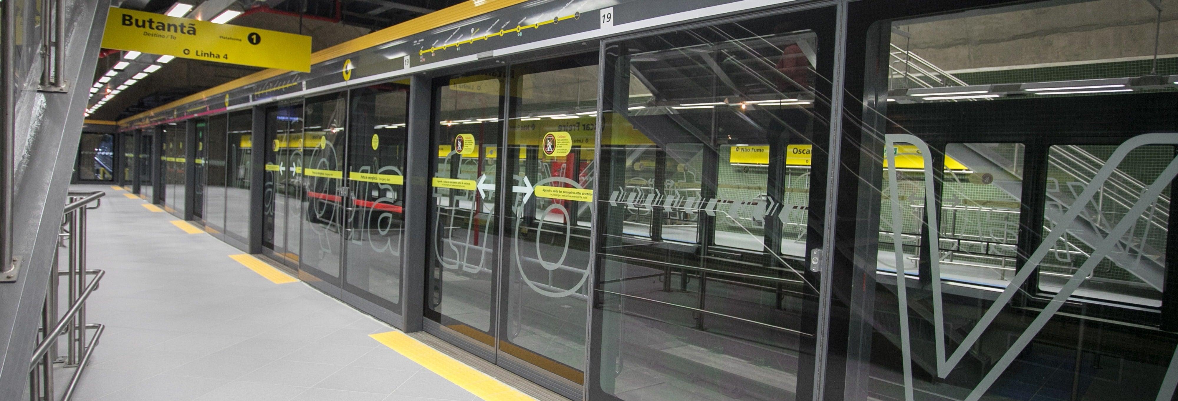 Tour de metrô por São Paulo