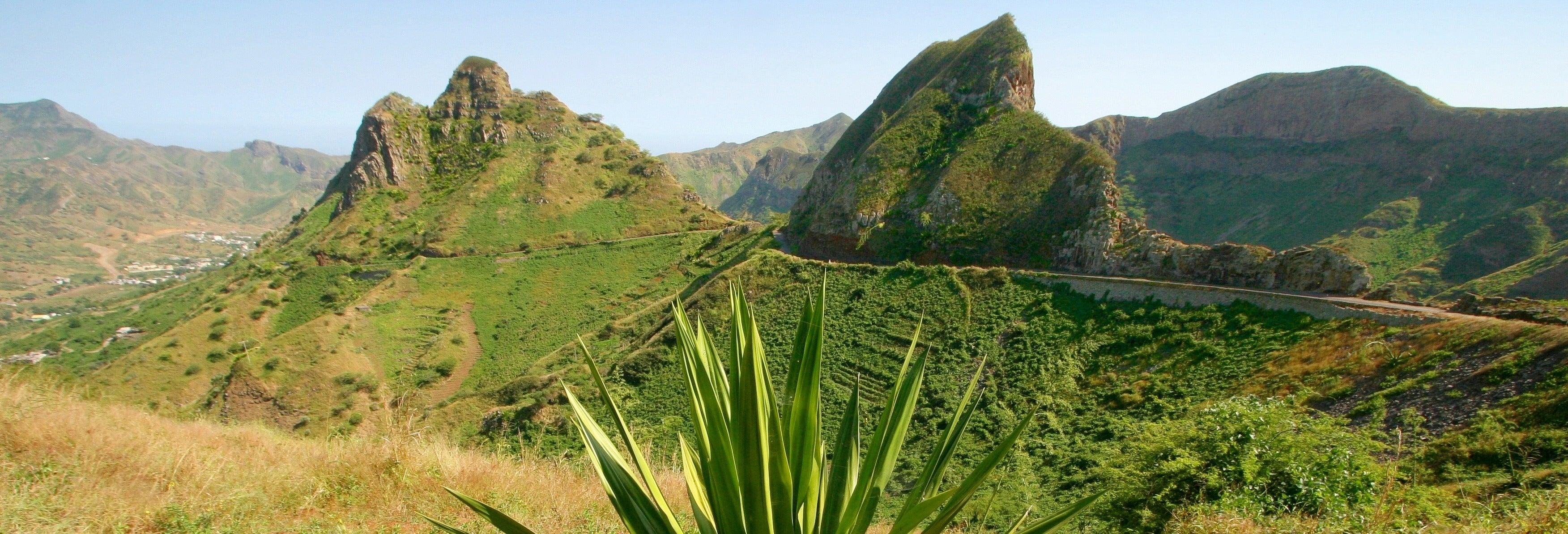 Senderismo por el Monte Tchota y el Pico d'Antónia