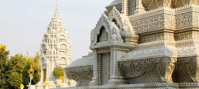 Phnom Penh 2 Day Tour