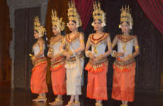 Cena y espectáculo de danza Apsara