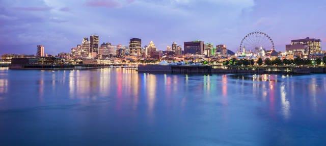 Passeio de barco ao entardecer por Montreal