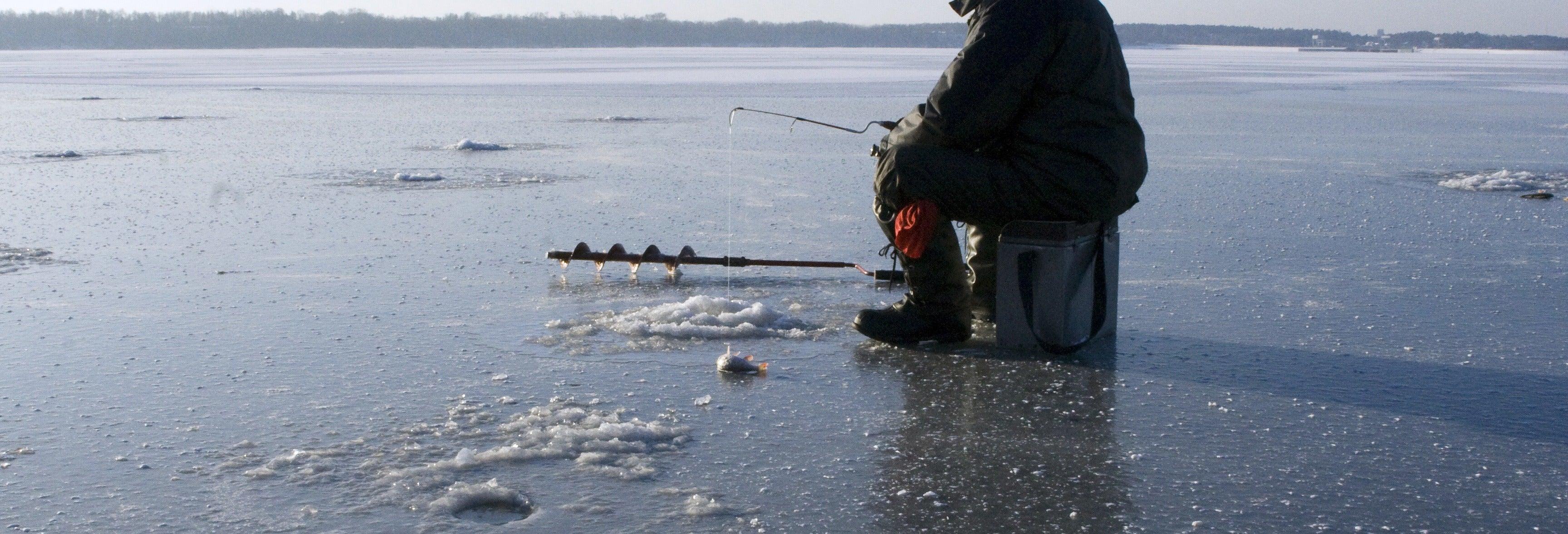 Pesca privata sul ghiaccio a Plevna