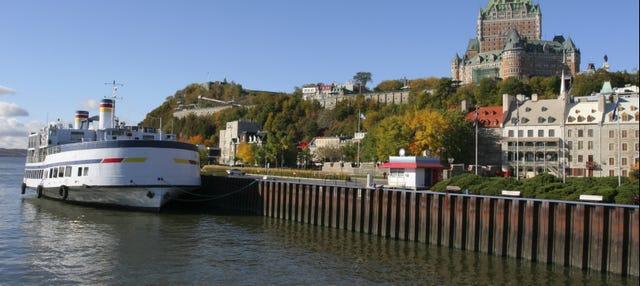 Paseo en barco por Quebec