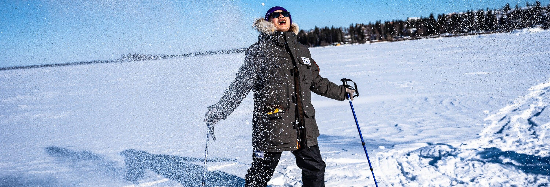 Passeggiata con racchette da neve sul Grande Lago degli Schiavi