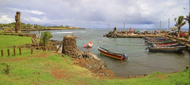 Paseo en barca por Hanga Roa