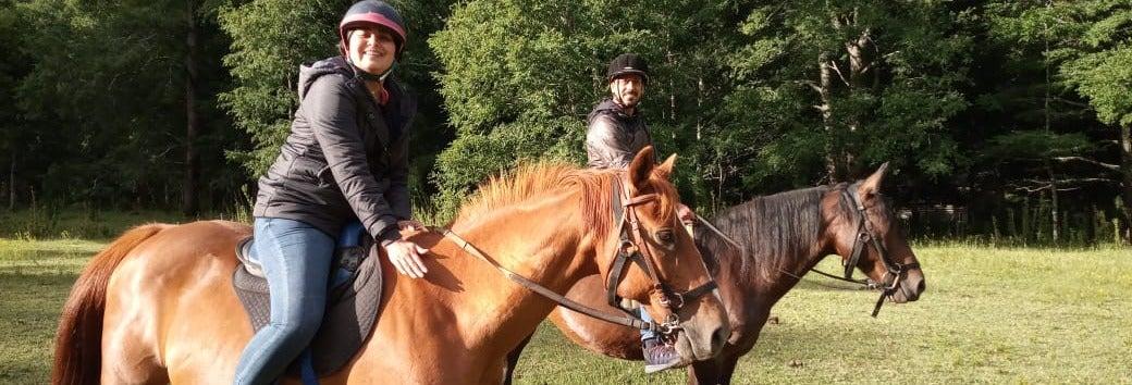 Passeio a cavalo pelas margens do rio Liucura
