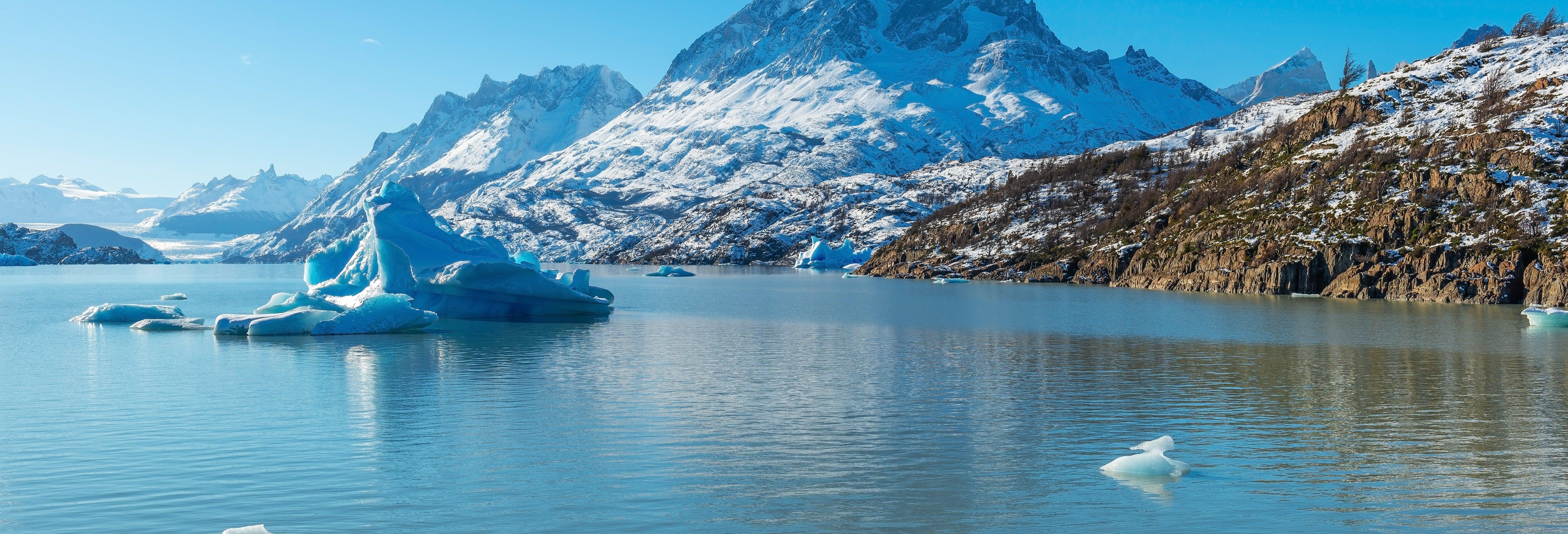 Excursión a Torres del Paine + Paseo en barco por el lago Grey