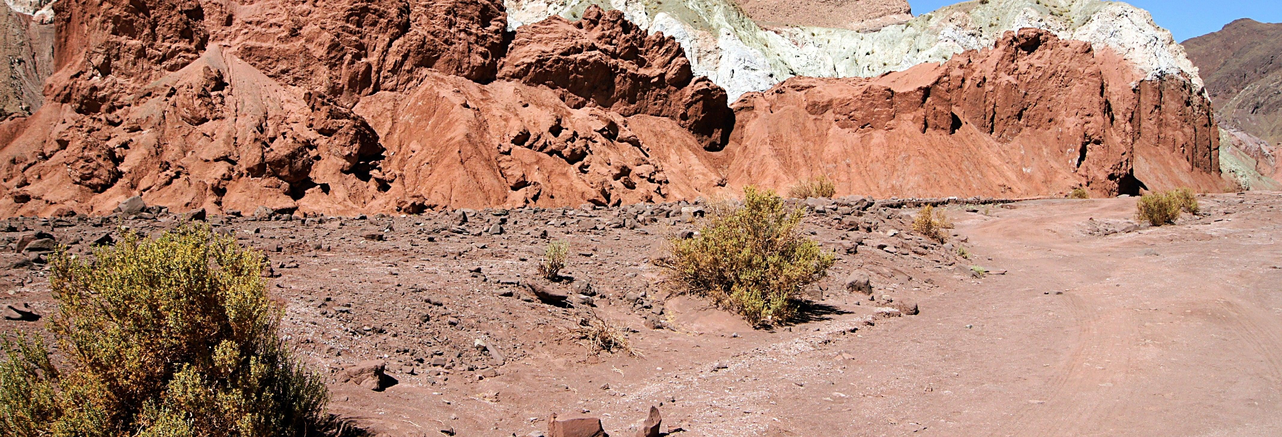 Excursión al valle del Arcoíris