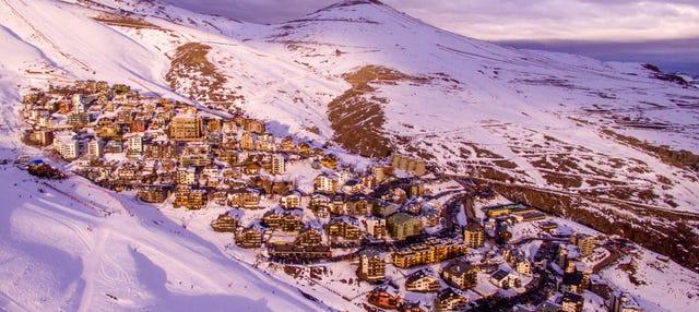 Tour de esqui nos Andes