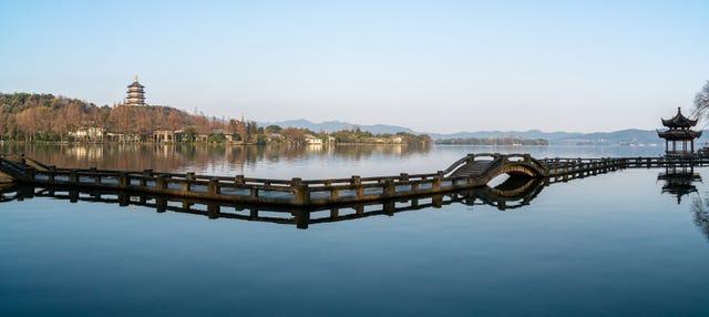 Excursión privada a la pagoda Leifeng y Museo de la Seda
