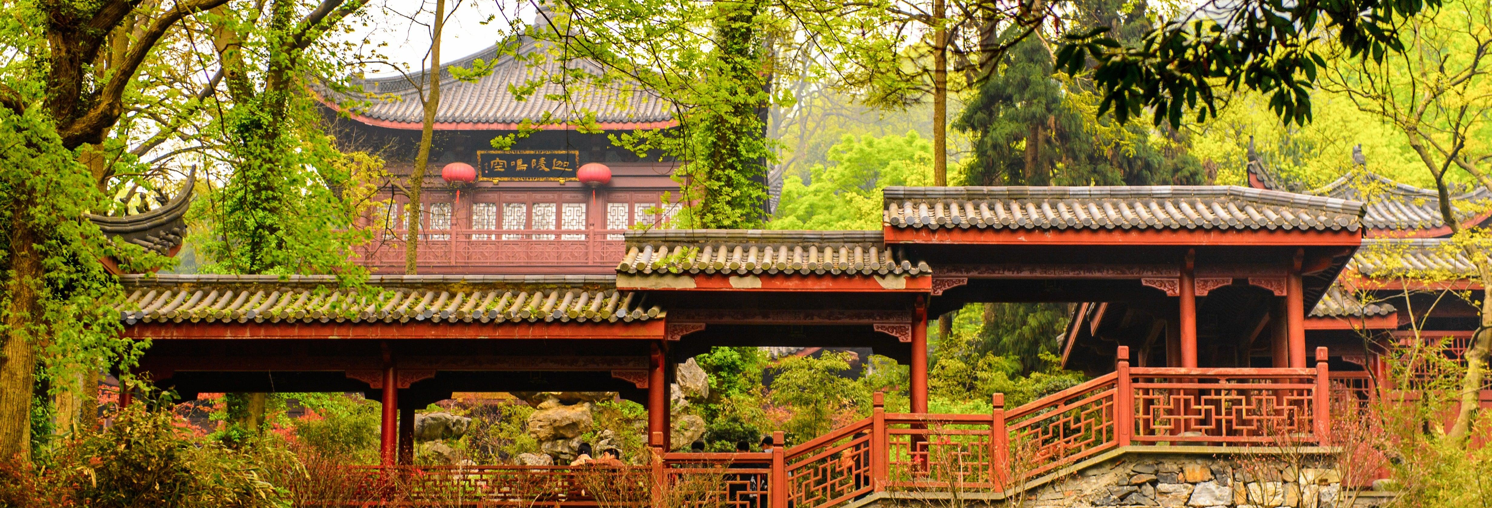 Excursão privada ao Templo de LingYin e Lago do Oeste