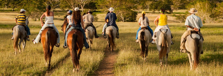 Passeggiata a cavallo sui monti Guadalupe e Monserrate