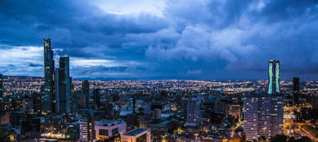 Tour nocturno por la Bogotá iluminada