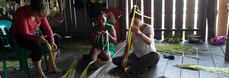 Taller de artesanía indígena