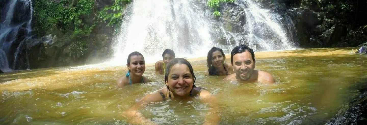 Senderismo privado por el río Cuamo y su catarata