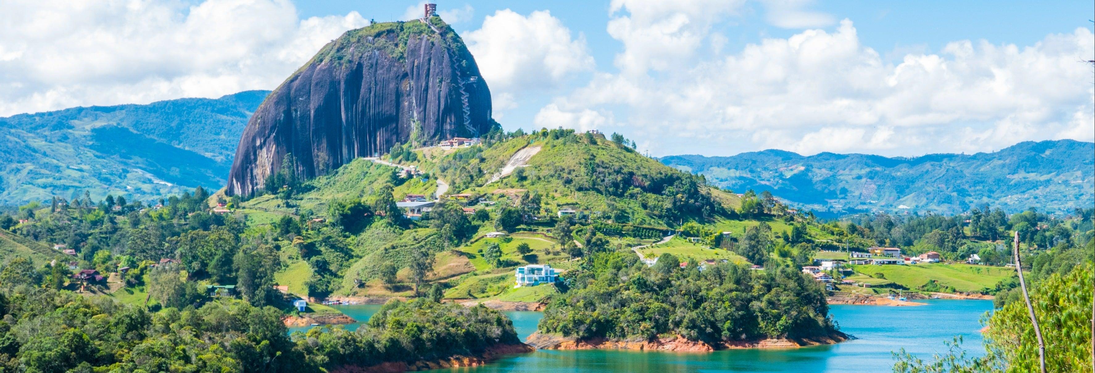 Excursión a Guatapé + Paseo en barco