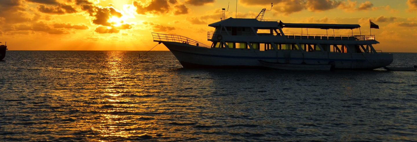 San Andres Party Boat