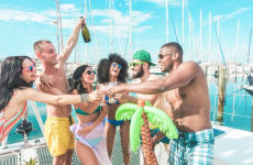 Fiesta jamaicana en barco