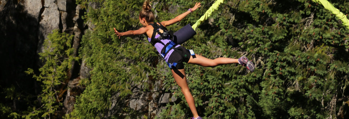 Bungee Jumping a Suesca