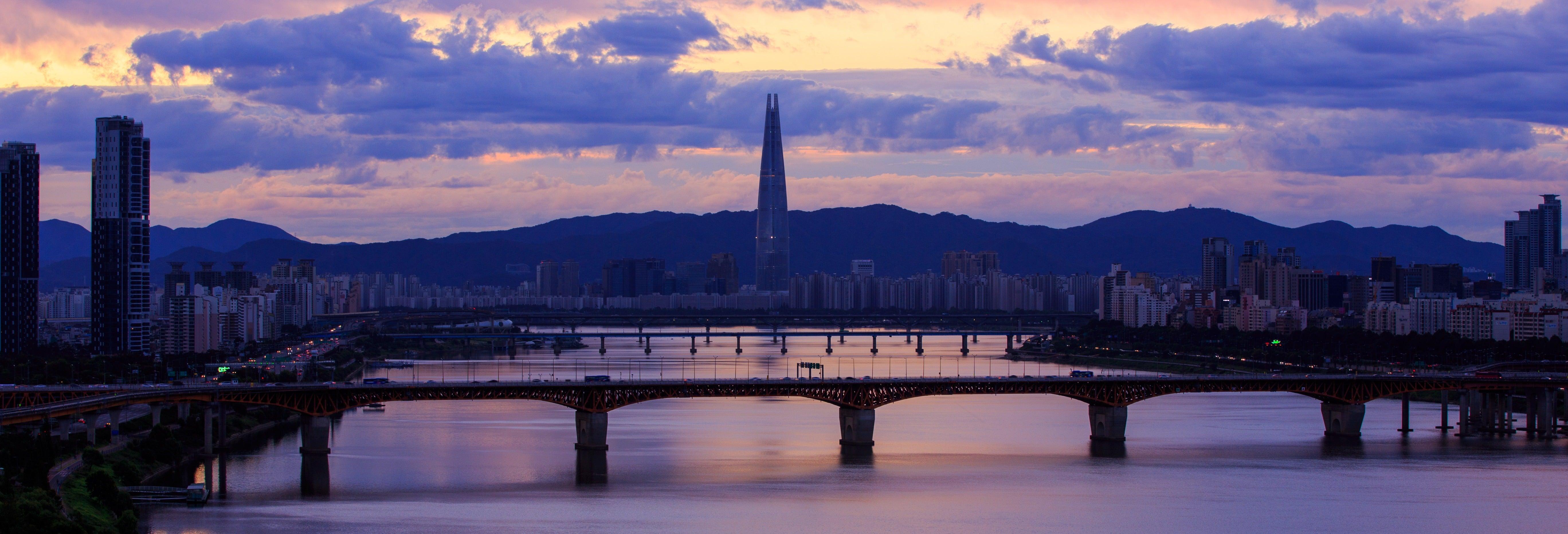 Paseo nocturno en barco por el río Han