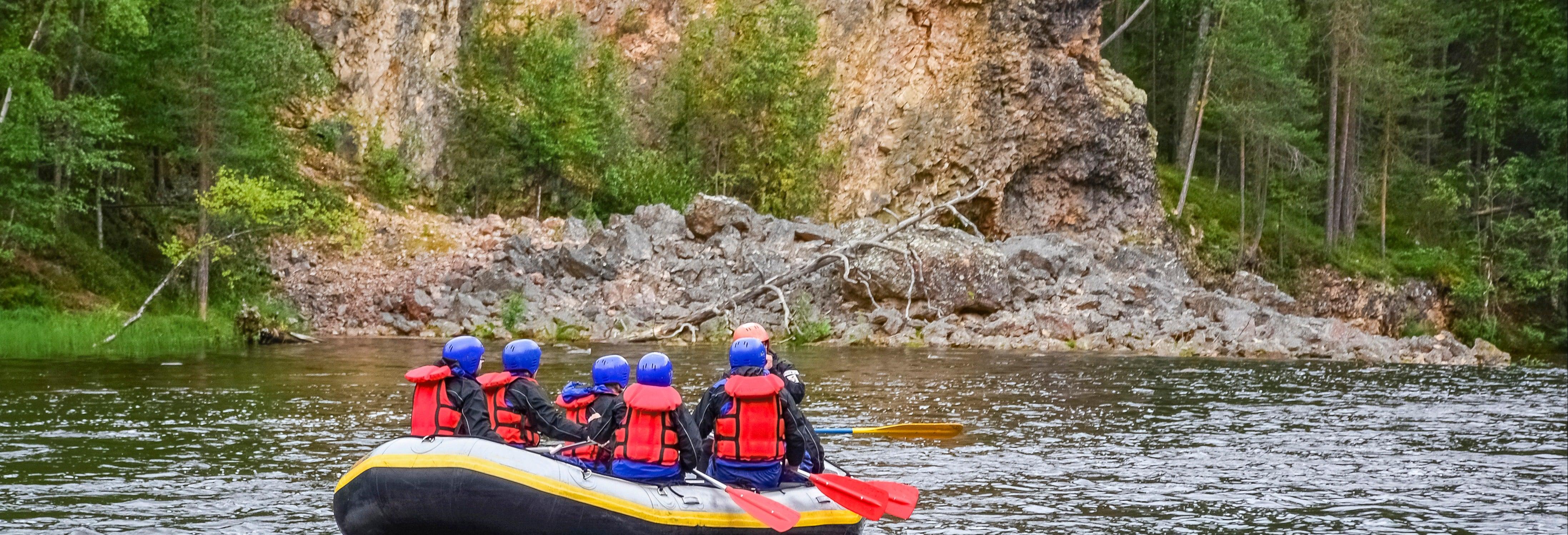 Paseo en balsa por el río Peñas Blancas