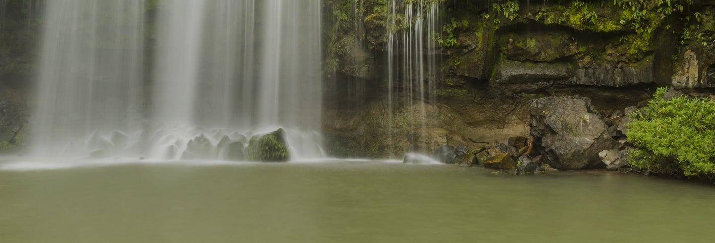 Libéria, Cataratas Llanos de Cortés e Rio Bebedero