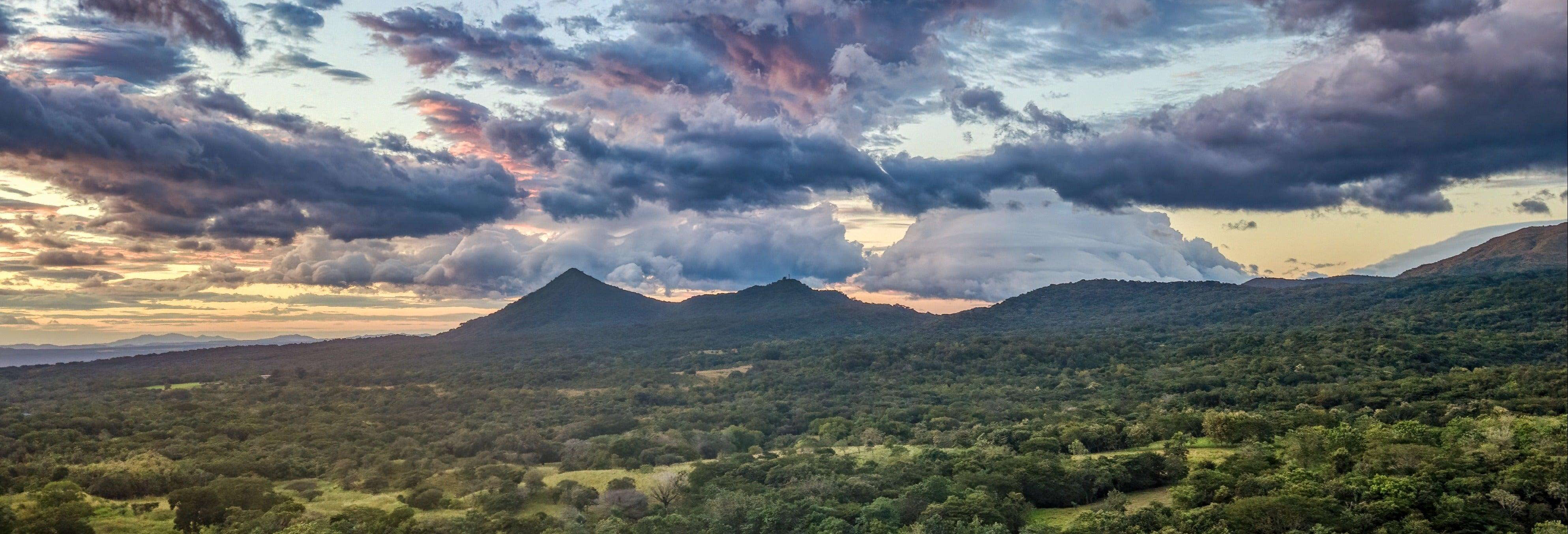 Trilha pelo Parque Nacional Rincón de la Vieja