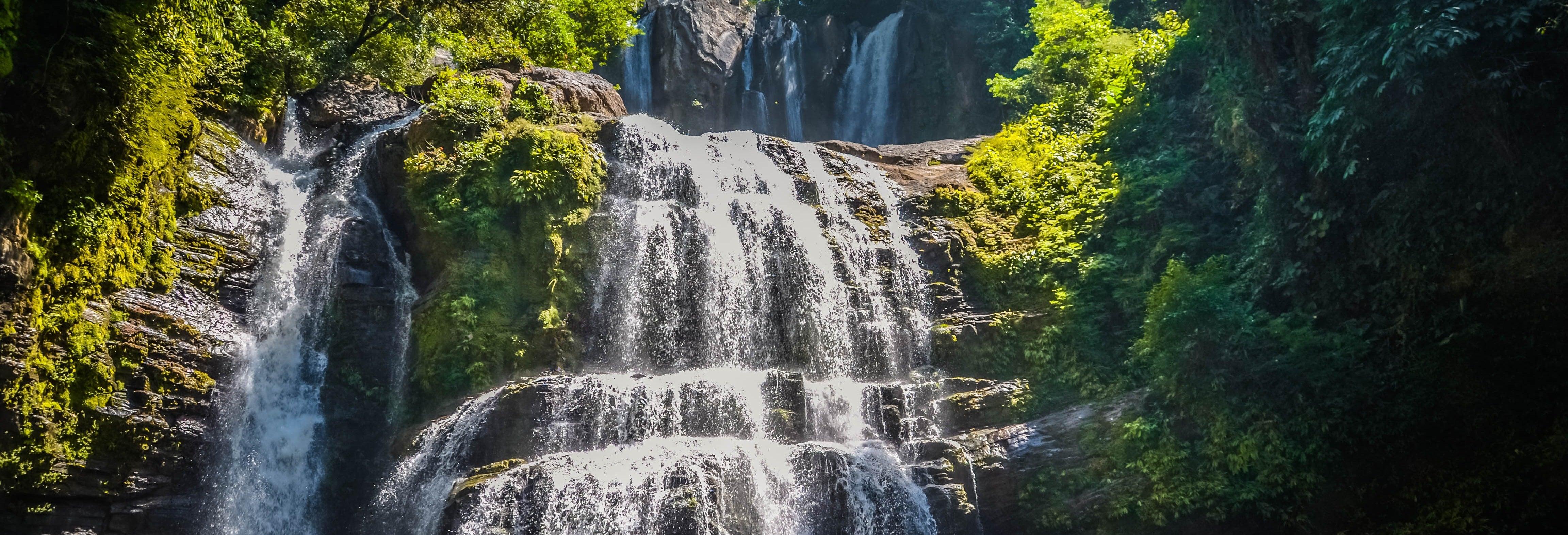 Excursión a la catarata Nauyaca