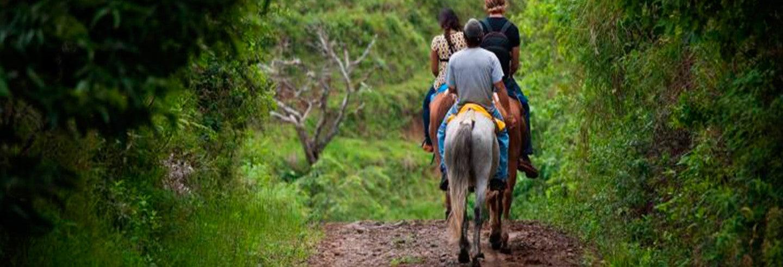 Paseo a caballo a las cataratas Tocori